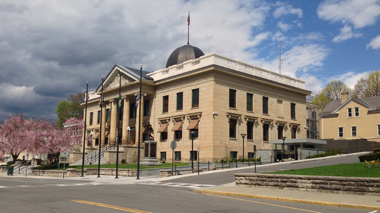 Greene_County_Courthouse_Architecture_-_front_elevation.jpg