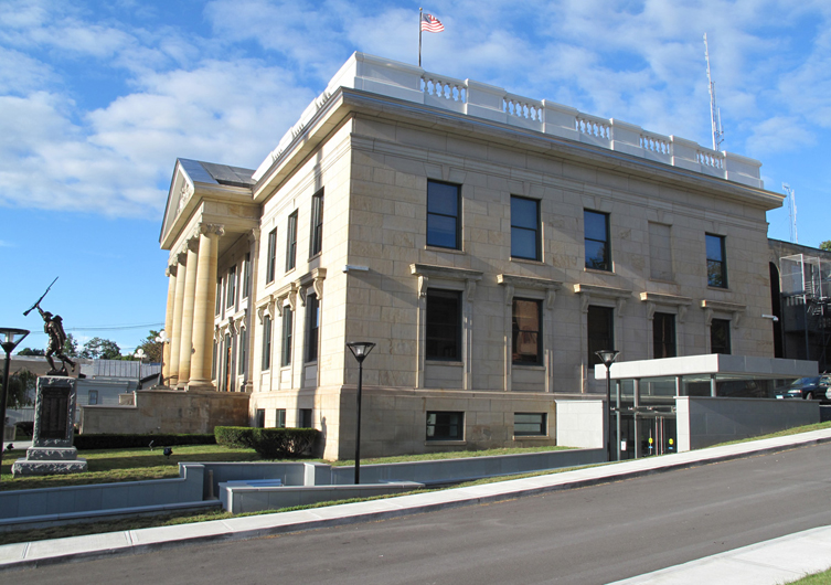 Greene_County_Courthouse_Architecture_-_side_elevation.jpg